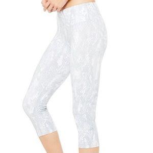 Alo Yoga Python Airbrushed White Crop Leggings